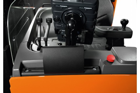 Wózki podnoszące z fotelem operatora do intensywnych prac