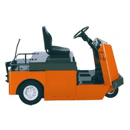 Wózki holownicze z fotelem operatora do intensywnych prac transportowych