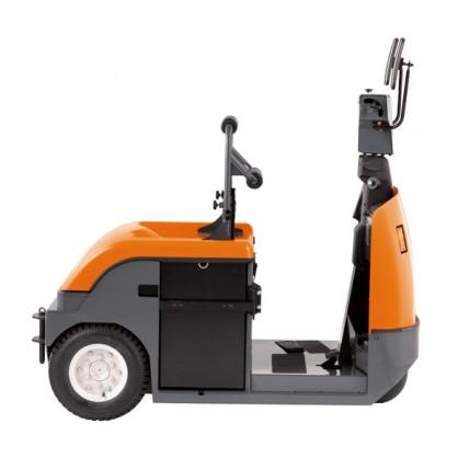 Wózek do holowania z miejscem stojącym dla operatora do prac na długich dystansach